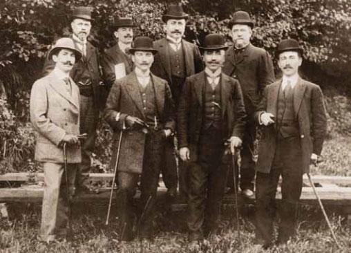 1881-1915 yılları arası Atatürk albümü. Picardie, Fransa, 28 Eylül 1910