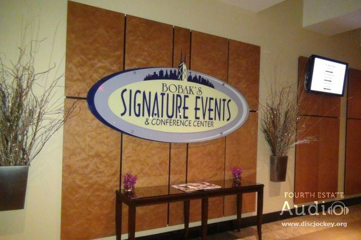 The crown jewel of wedding and event venues in Woodridge, Bobak's Signature Events. Complete the package with professional Chicago DJ entertainment and dramatic Chicago uplighting by Fourth Estate Audio. Call 630.654.4440 or visit http://www.discjockey.org.