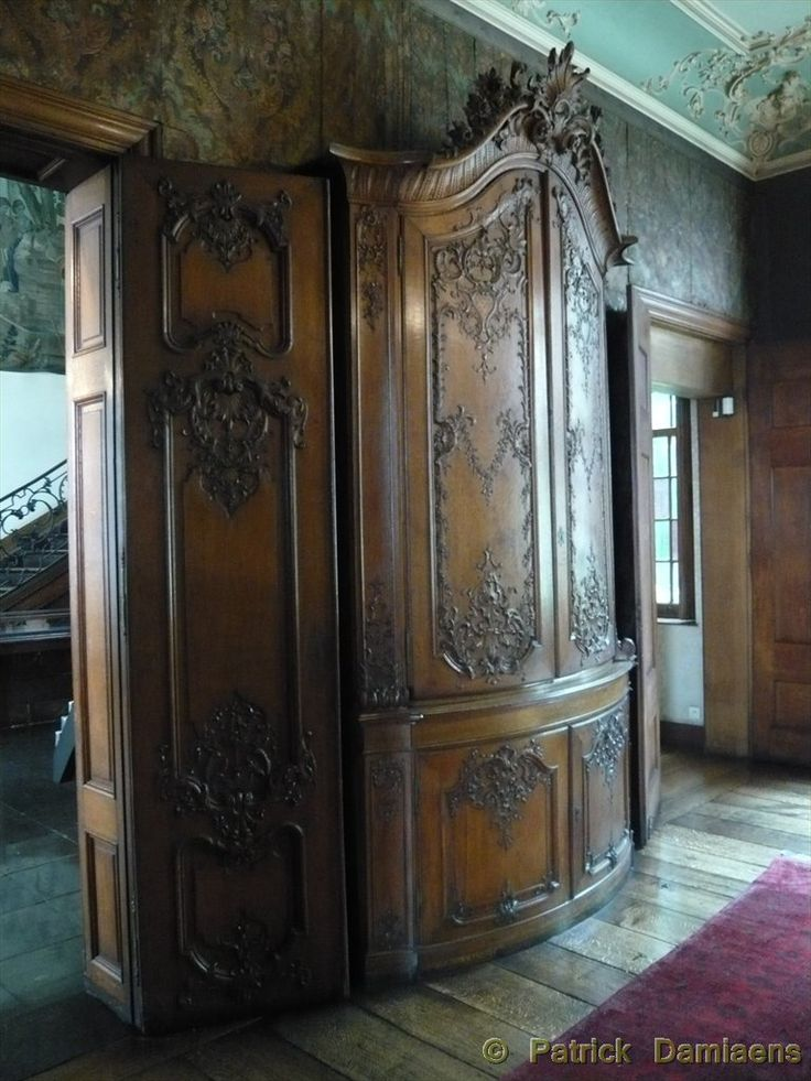 12 best li ge style furniture images on pinterest carved wood hand carved and wood carvings - Sculpture sur bois ...