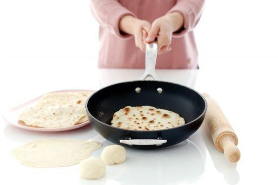 Tortillas de trigo para burritos, 2 versiones | Velocidad Cuchara