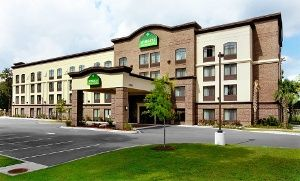 Stay at Wingate by Wyndham Charleston University Boulevard in North Charleston, SC. Dates Available into August.