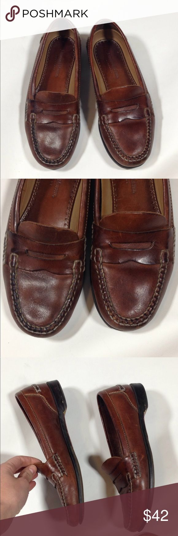 Johnston & Murphy men's brown loafers 8.5 Comfortable leather loafers. Slight wear on the sole under the toe. Good condition otherwise Johnston & Murphy Shoes Loafers & Slip-Ons