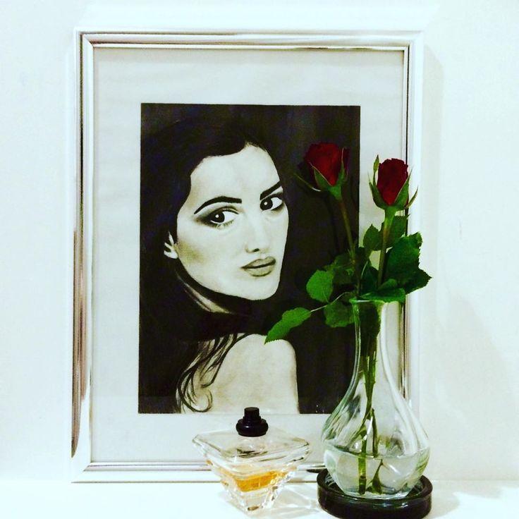 DIY Charcoal Drawing🖊🥀 Frauen Portraits sind meine größte Inspiration.Zeichnen mit Kohle ist meine Lieblingstechnik weil ich die schwarz-weiß…