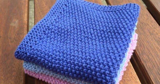 Jeg får strikket en del karklude for tiden. Disse er blevet nogle af mine favoritter. Til dels fordi jeg er vild med strukturen i pe...