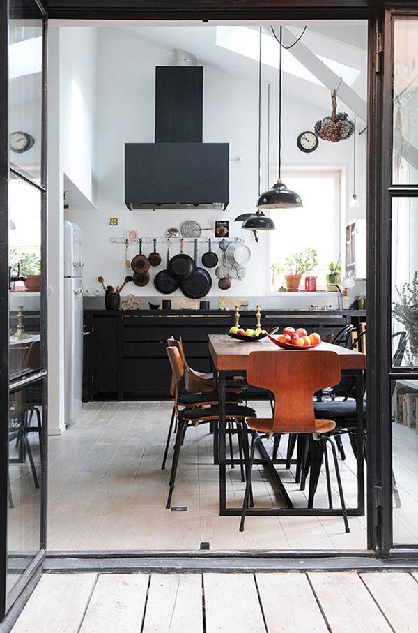 <3: Decor, Kitchens Design, Idea, Chairs, Black Cabinets, Interiors Design, Black Kitchens, Modern Kitchens, White Wall