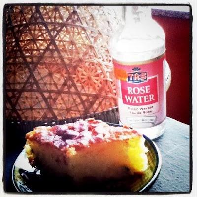 Tarte de semoule avec pistaches et eau de rose :-) Delicious