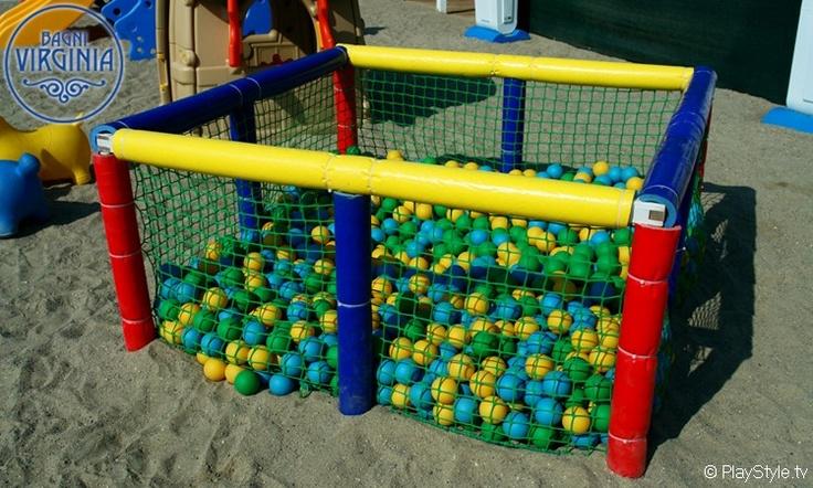 Fun! #children #beach #loano #liguria Spiagge, Bagni, Stabilimenti Balneari Loano - Savona - PlayBeach - Spiaggia, Bagno, Stabilimento Balneare Virginia Loano - (SV) Liguria - Italy
