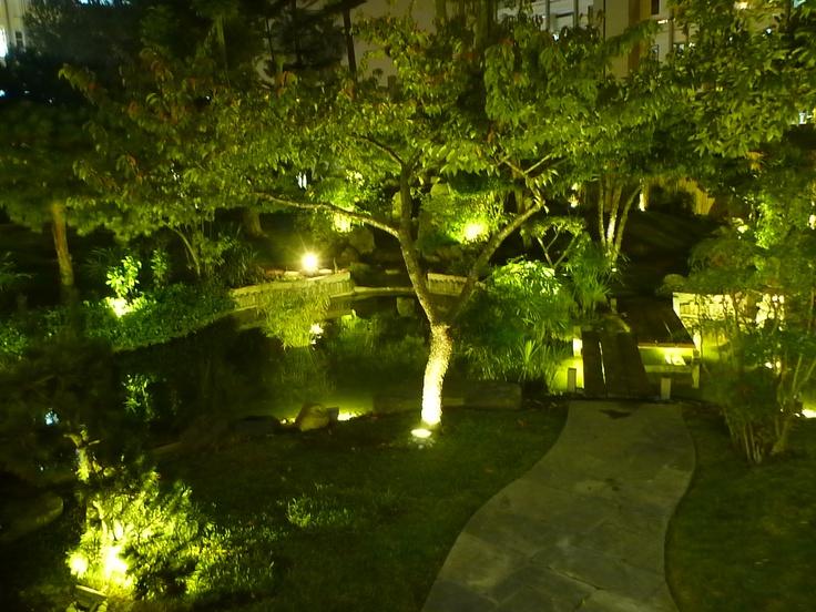 Jardin Japones del Centro Cultural Peruano Japones en la noche