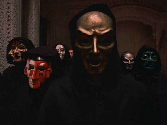 eyes wide shut costumes | Eyes Wide Shut (1999): The Ghost of Barry Lyndon | Stanley W. Rogouski