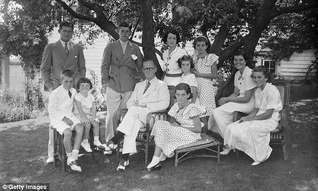 Το σκοτεινό μυστικό της οικογένειας Κένεντι και η... λοβοτομή
