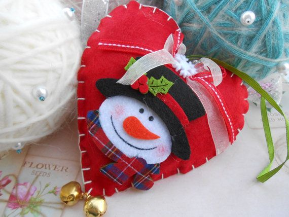 Christmas Felt Padded Heart with Snowman to door HandHhandsandheart
