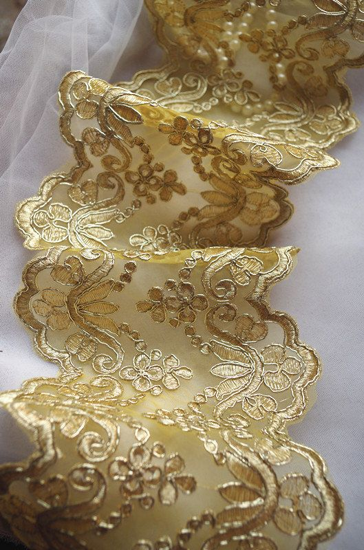 gold alencon lace trim gold cord lace trim table runner