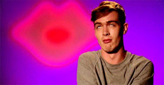 """RuPaul's Drag Race Season 7 """"Pearl face."""""""