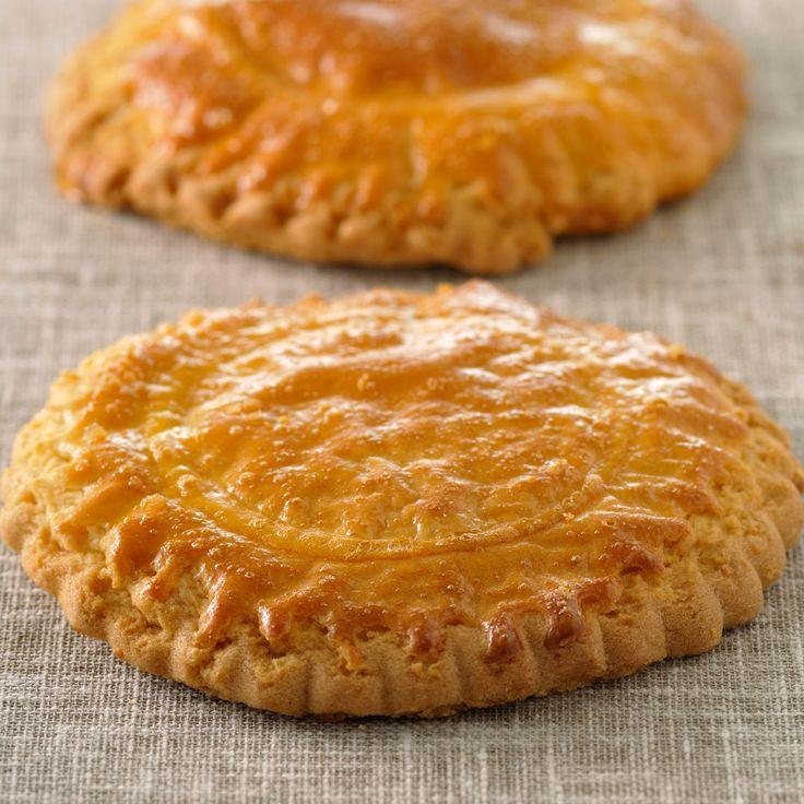 Découvrez la recette sablés nantais sur cuisineactuelle.fr.