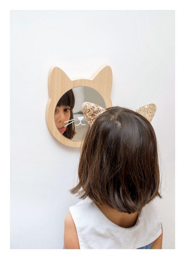 wooden kitty cat mirror