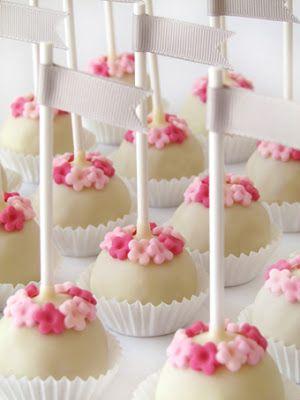 sabores da gula: Cake Pops Batizado Margarida