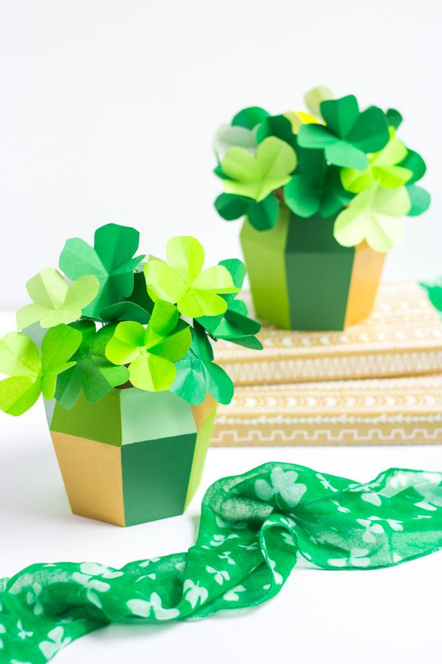 Check out these modern four leaf clovers - made from paper in minutes!