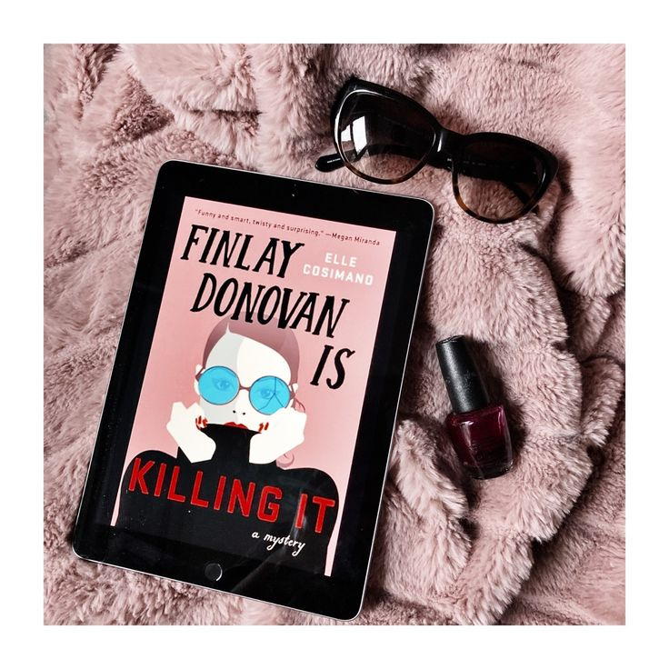 Could you use a laugh? I usually prefer my thrillers of the scary not comic variety. Thanks this comic thriller about a newly divorced struggling writer mom-of-two who accidentally finds herself hired to murder someone. Thanks Minotaur for letting me try Finlay Donovan is Killing It - it was fun and entertaining! #jenrylandreviews #booksta #IGreads #winterreads #winterreading #bookishcommunity #readingcommunity #bibliophile #readersofinsta #bookstagrammer #goodreads #bookish #bookae