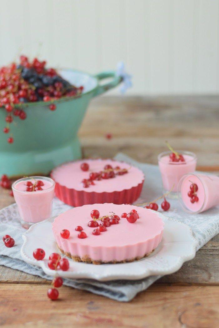 Red currant panna cotta tart - Johannisbeer Panna Cotta Tarte #summer #food #tarte | Das Knusperstübchen