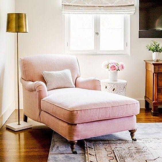 hey all! I have a new blog post about the effect of pink hues in decoration 🌸 {link in profile} herkese merhaba! bugün blogda pembe tonların dekorasyona etkisini yazdım; merak edenler için direkt link profilimde 🌿