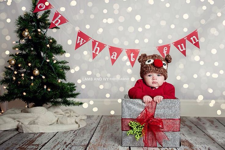 Oh what fun photo prop banner, Christmas photo banner, Christmas photo props, winter wonderland banner, winter ONEderland theme by HandmadeByVee on Etsy https://www.etsy.com/listing/167491227/oh-what-fun-photo-prop-banner-christmas