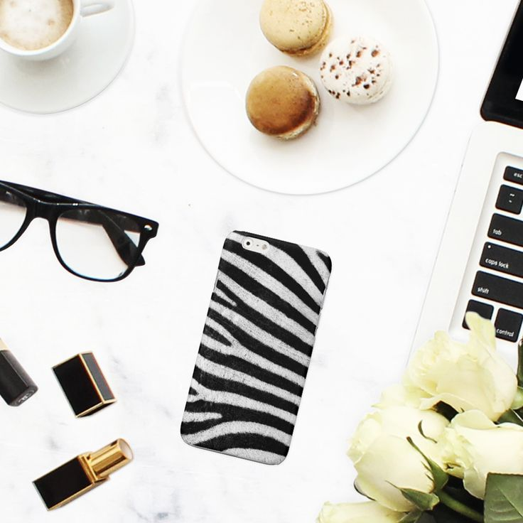 #Cover #Zebra #stylish #fashion #trend  http://www.creatink.com/product/iphone-cover-case/zebra-stylish/