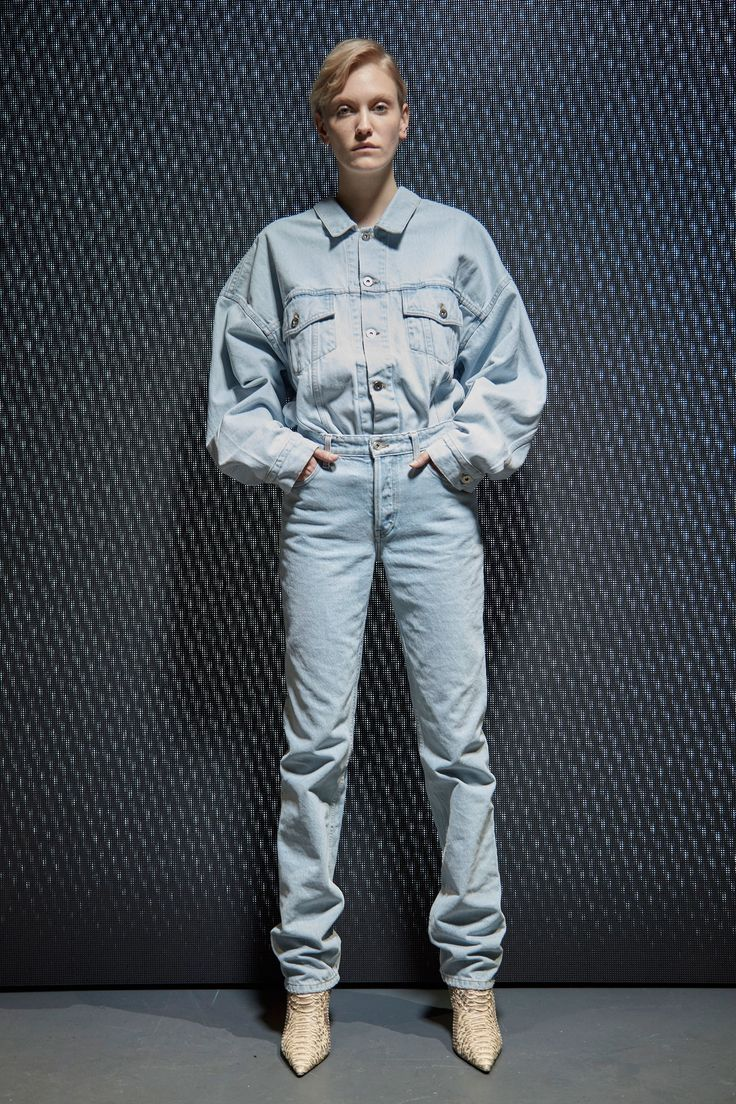 Yeezy Fall 2017 Ready-to-Wear Collection Photos - Vogue