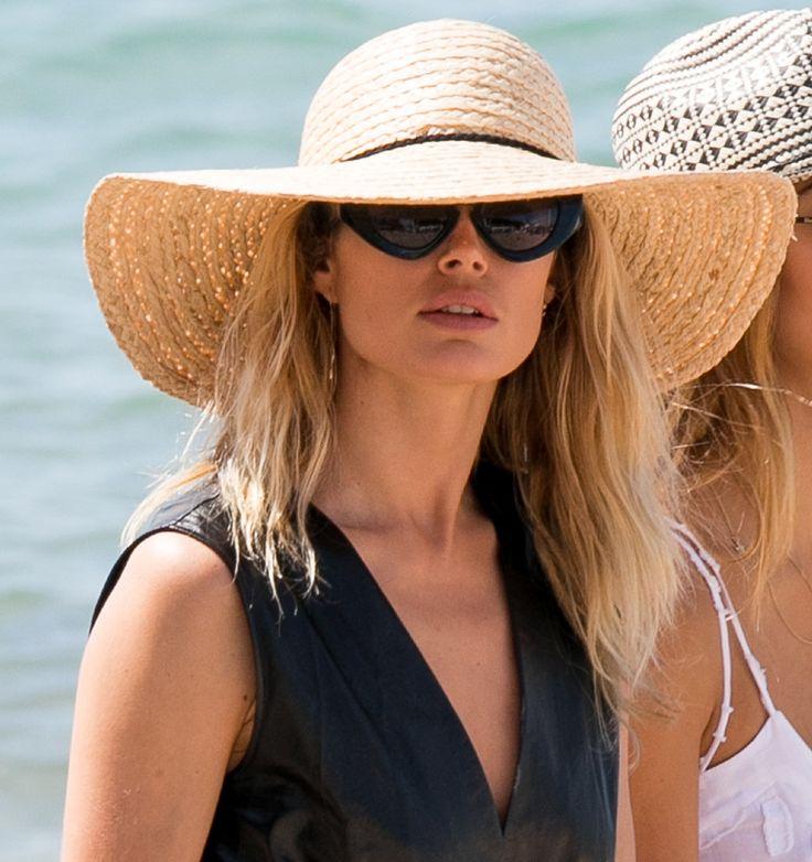 Peinados fáciles: Inspírate en Blake Lively y otras 'celebs' para un 'look' de playa perfecto ⭐️ #BarrioDeSalamanca #OrtegayGasset · #Madrid #PurificaciónVaras #Peluquería #Madrid #BarrioDeSalamanca #SalónDeBelleza ➡ 91 401 02 44