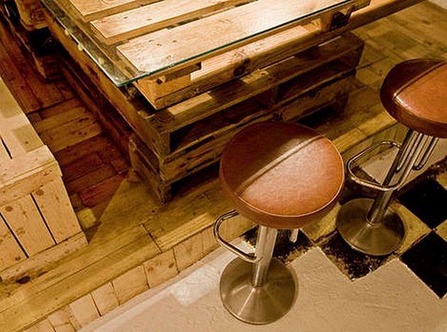 Robuuste DIY keuken van gerecyclede pallets   | roomed.nl