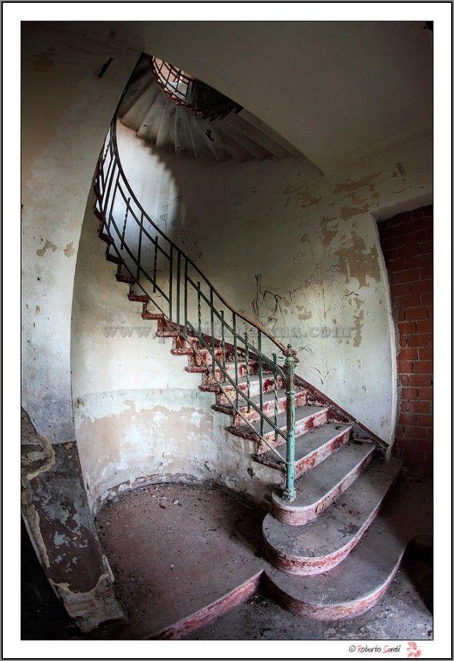 Hotel P. - Luoghi Fantasma