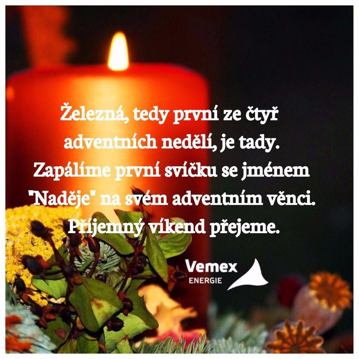 """Železná, tedy první ze čtyř adventních nedělí, je tady. Zapálíme první svíčku se jménem """"Naděje"""" na svém adventním věnci. Příjemný víkend přejeme. :) #vemexenergie #advent #nadeje #nedele #svicka #venec"""