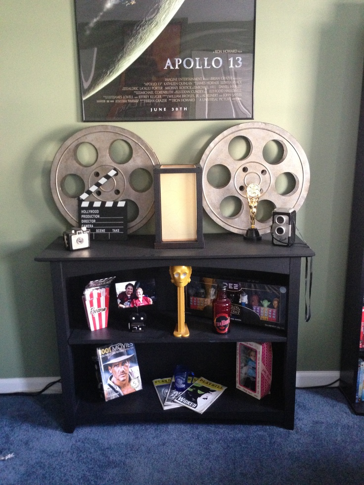 Movie themed room basement ideas pinterest movie for Room decoration items