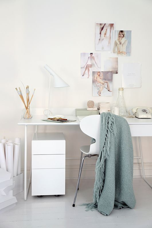 Scandinavian home office and work space from Voice Abstracta 2013 (styled by Trendenser.se)