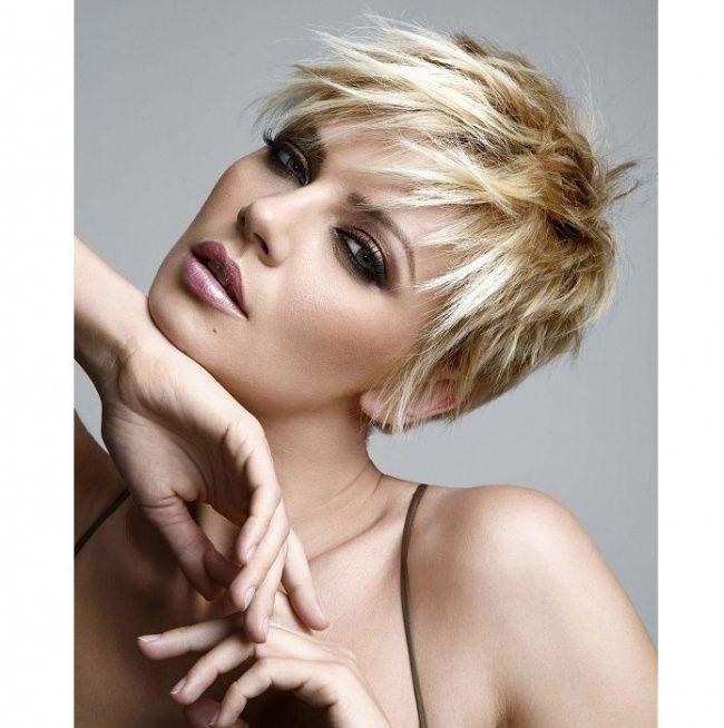 Krótkie fryzury damskie - nowoczesne i bardzo kobiece - Strona 16