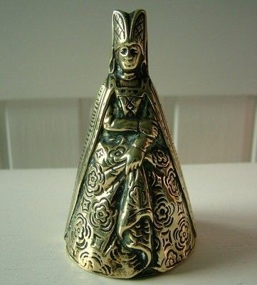 Antique brass lady bell Queen 10cm high (07/22/2012)