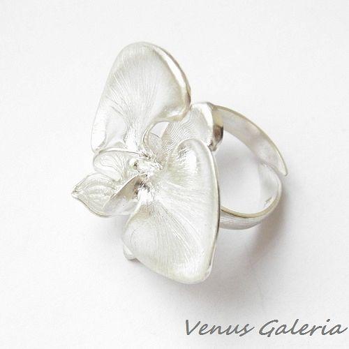 Orchidea satynowa duża - pierścionek regulowany - Sklep internetowy z biżuterią srebrną