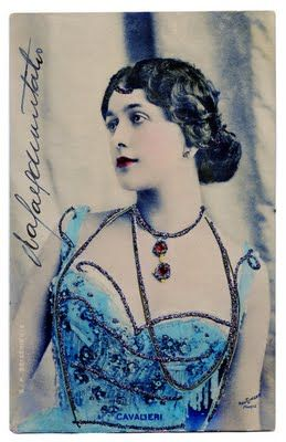 Glamour Photo Postcard - Fabulous Lina in Blue - The Graphics Fairy