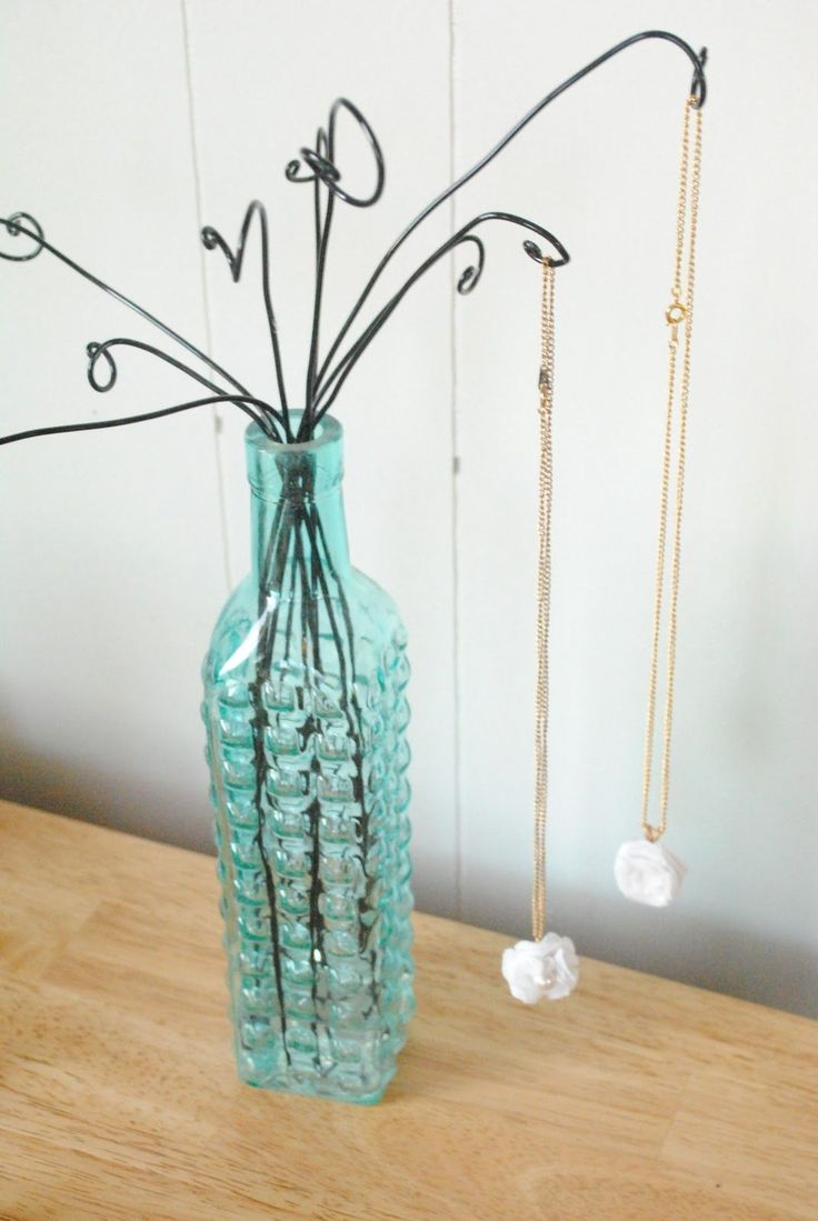 Wire and Vase Necklace or Bracelet Display Tutorial ~ The Beading Gem's Journal