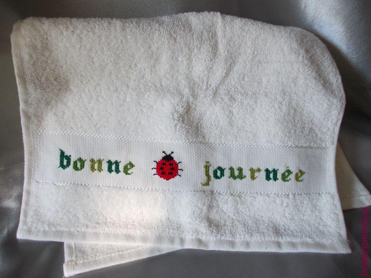 141 best Mes Créa-Salle de Bains-bathroom-Point de croix-cross