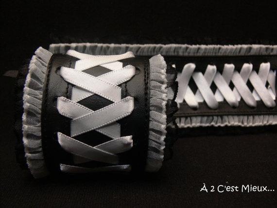 Un beau bracelet sexy! Plein d'autre sur Etsy!