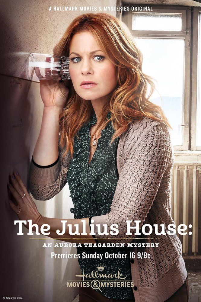 Candace Cameron Bure in The Julius House: An Aurora Teagarden Mystery (2016)