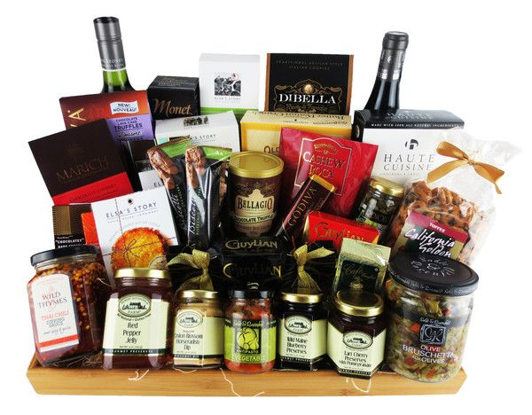 This all kosher gift basket is perfect for hannukah!