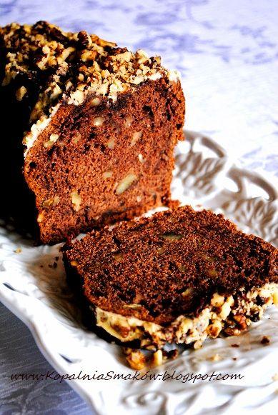 Kopalnia Smaków...: Czekoladowe ciasto z cukinią i białą czekoladą