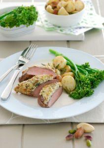 Recept-lams-rumpsteak-met-een-korstje-van-paranoten-en-pistaches