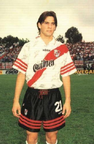 Santiago Solari.Campeón con River Plate en Torneo Apertura 1996,Torneo Clausura 1997,Supercopa Sudamericana 1997 y Torneo Apertura 1997.