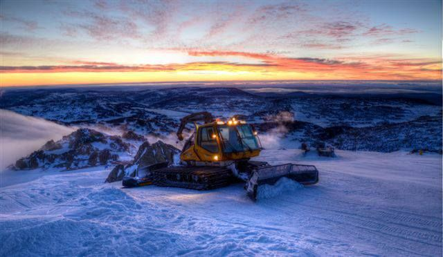 Snow groomer at sunrise, Perisher ski resort in New South Wales, Australia #snowaus