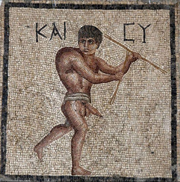 Bahtiyar kamburu olarak anılan bu mozaik Hatay arkeoloji müzesinde görülebilir. Bundan başka örnekleri de mevcut müzede.Benim İçin ne düşünüyorsan tanrı sana iki katını versin-KAİCY-Bahtiyar Kambur ..