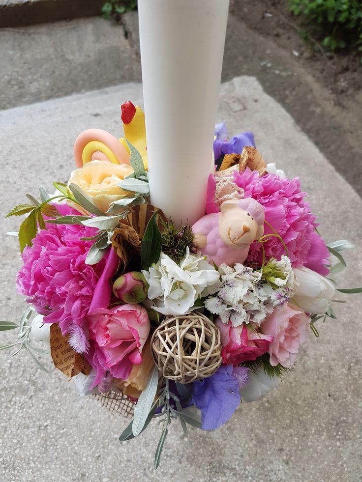 lumanare-botez-fetita-roz-hortensie-bujori-iasi-maya-flowers4.jpg (1200×1600)