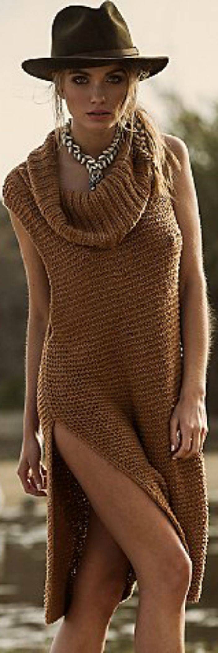 Love the oversized sweaters. For more follow www.pinterest.com/ninayay and stay positively #pinspired #pinspire @ninayay