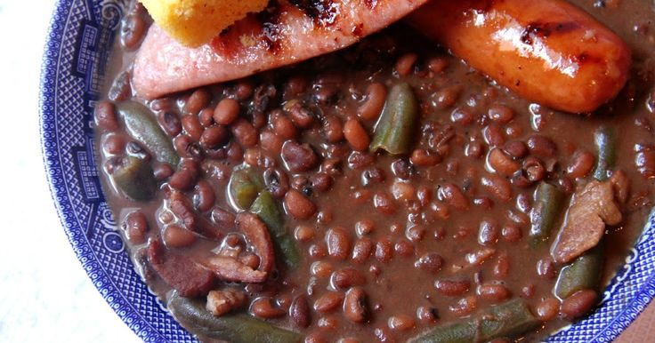 Deep South Dish: Southern Field Peas and Snaps